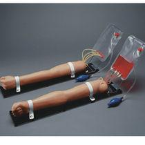 Simulateur pour injections / de perfusion / de prélèvement sanguin / bras