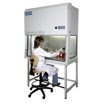 Hotte de laboratoire / sur pied / à flux laminaire