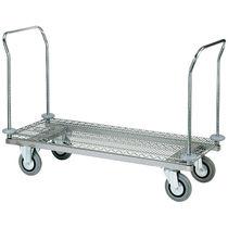 Chariot de transport / de ménage / de linge / avec étagère