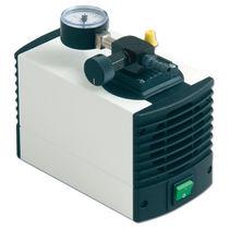 Pompe à vide de laboratoire / portable / haute performance