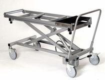 Chariot d'embaumement / de dissection / de soins / de transport