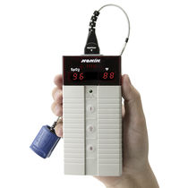 Oxymètre de pouls à capteur séparé / portatif