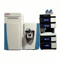 Spectromètre Orbitrap / quadripolaire / pour analyses environnementales / de médecine légale