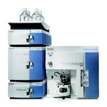 Spectromètre de masse / pour l'industrie agroalimentaire / pour analyses environnementales / de médecine légale