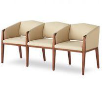 Siège sur poutre pour salle d'attente / avec accoudoirs / avec table / 3 places