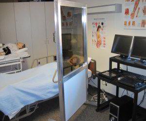écran de simulation pour soins infirmiers / d'enseignement