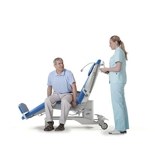fauteuil d'hémodialyse électrique / 3 sections / à hauteur variable / sur roulettes