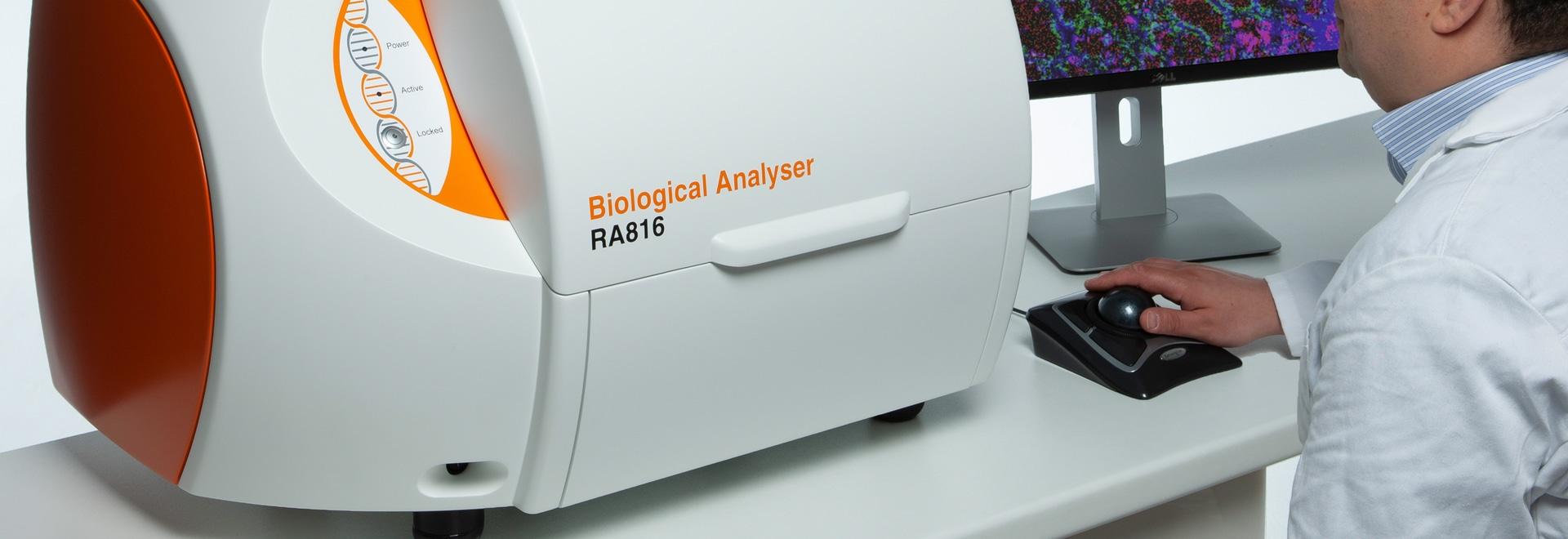 L'analyseur collecte des informations biologiques détaillées
