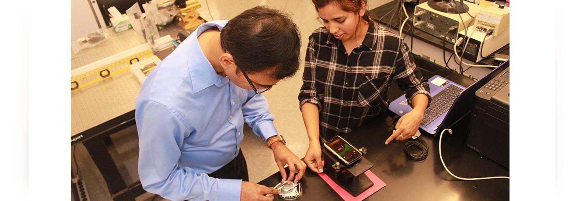 Diagnostic d'un cancer du sein Gene Mutation avec notre très propre Smartphone