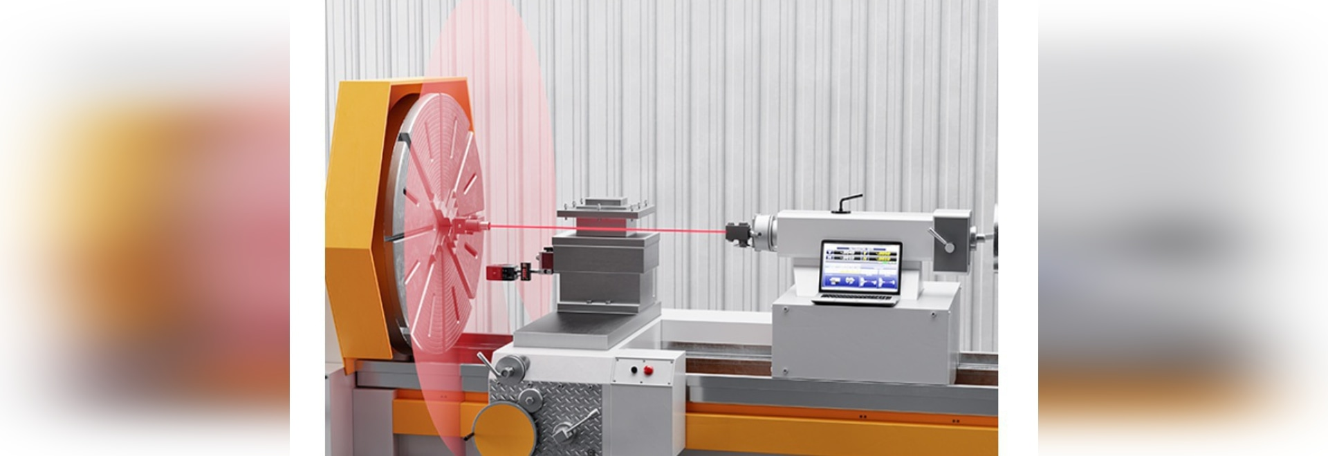 Les lasers vérifient et ajustent l'alignement de machine