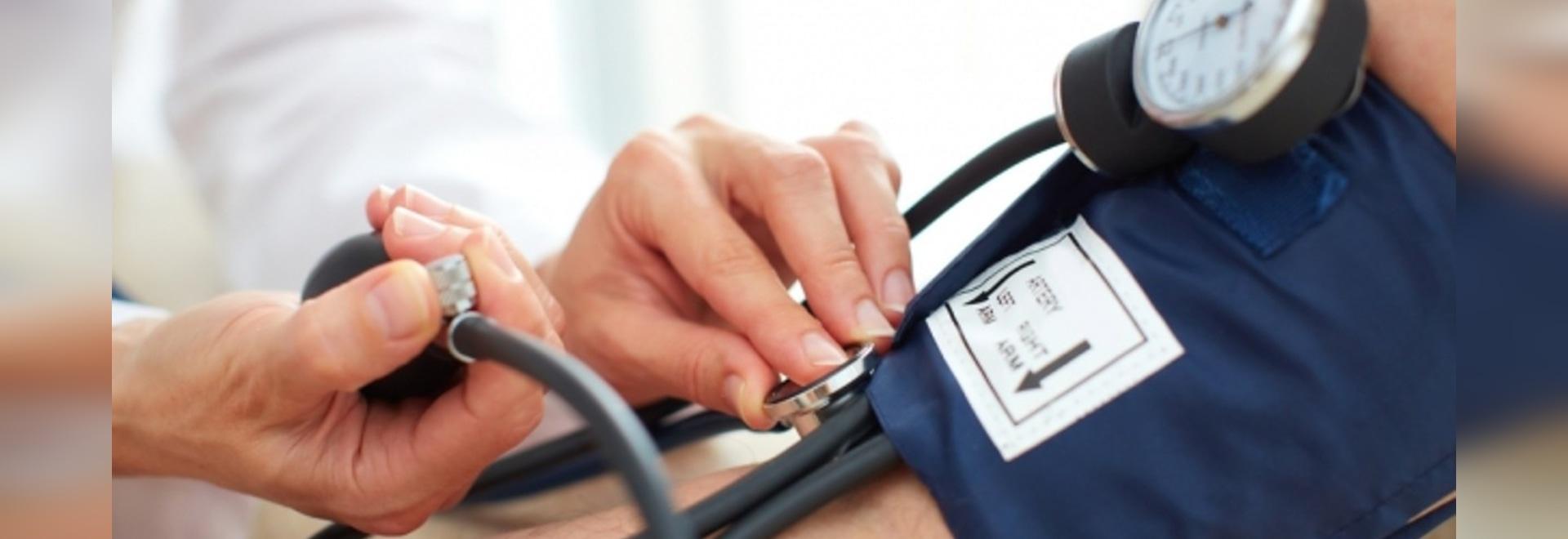 Le traitement du periodontitis peut aider l'hypotension