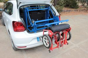 bras-élévateur pour fauteuil roulant pour voiture