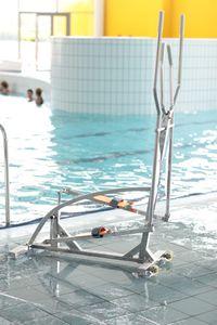 vélo elliptique pour piscine
