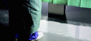 tapis médical antidérapant / absorbant / pour bloc opératoire
