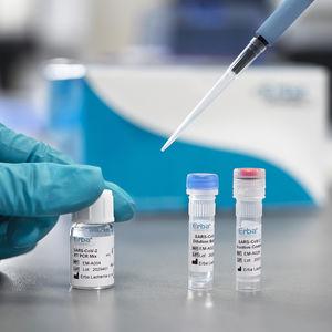 test de diagnostic rapide de COVID-19