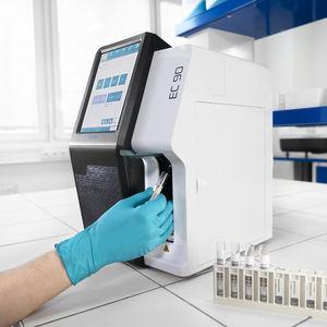 analyseur d'électrolytes automatique