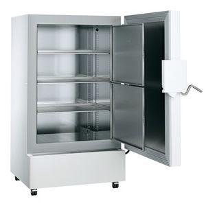 congélateur ultra-basse température