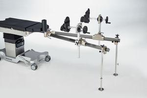 système d'extension orthopédique pour chirurgie de la hanche