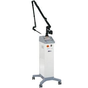 laser pour chirurgie gynécologique / pour chirurgie ORL / au CO2 / sur chariot