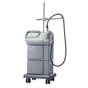 système IPL pour épilation / pour les lésions pigmentaires / pour traitement de l'acné / sur chariot