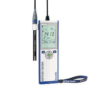 conductimètre de laboratoire