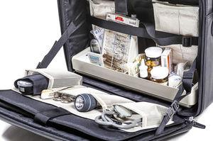 mallette de médecin à roulettes / en cuir