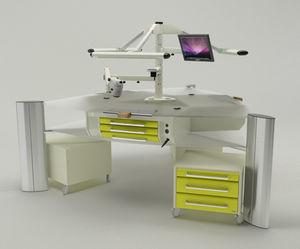 poste de travail pour laboratoires dentaires avec moniteur