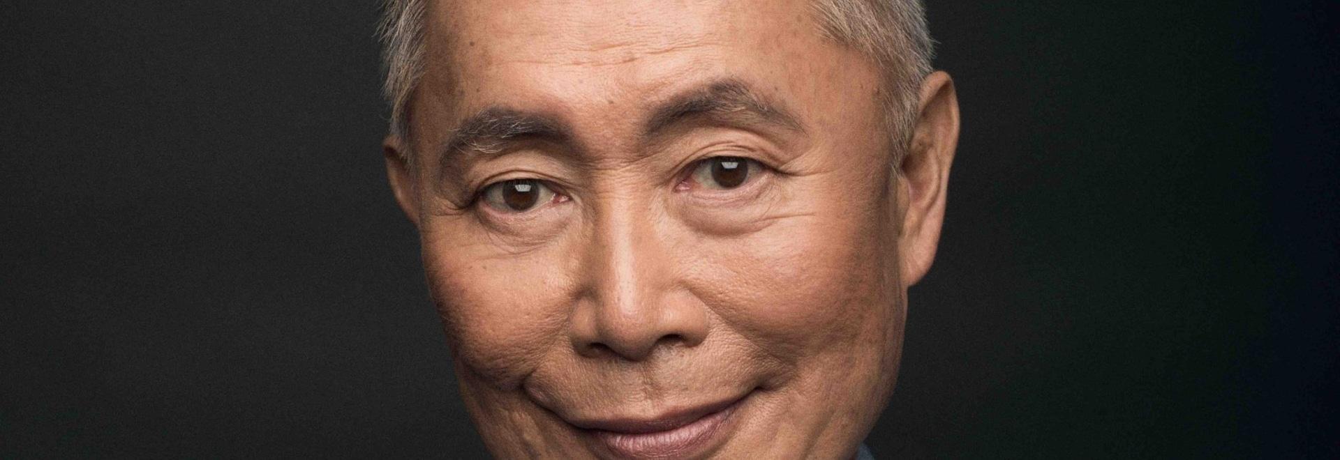 George Takei obtient un examen médical d'Espace-âge