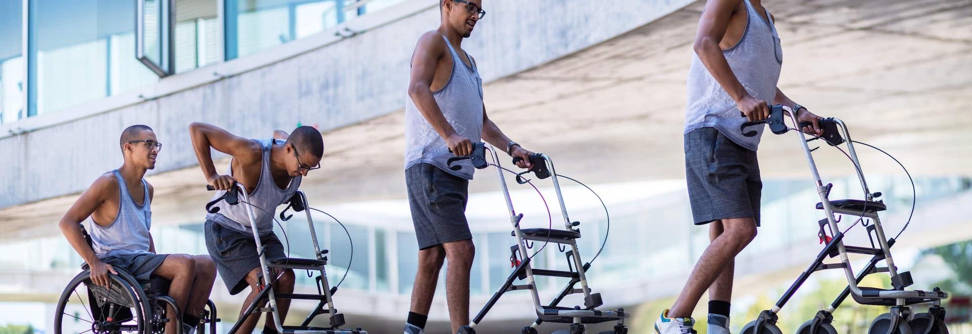 Les personnes paralysées marchent encore, même sans Neurostimulation
